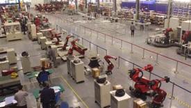 从制造到智造——新松工业机器人的超车引擎